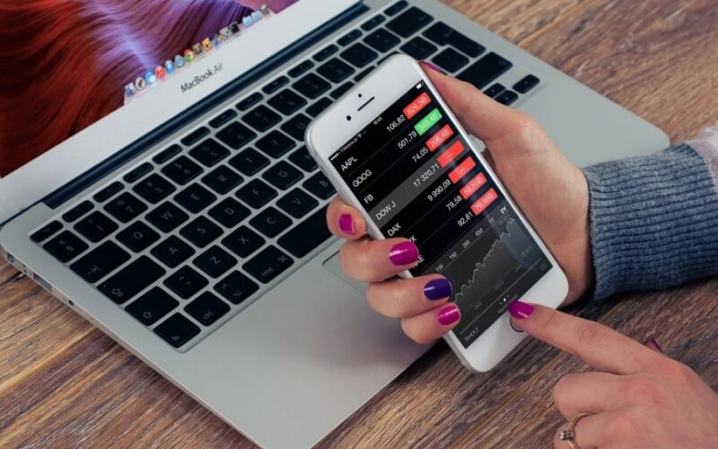 Interest in Robinhood Prototype Digital Wallet App Surges